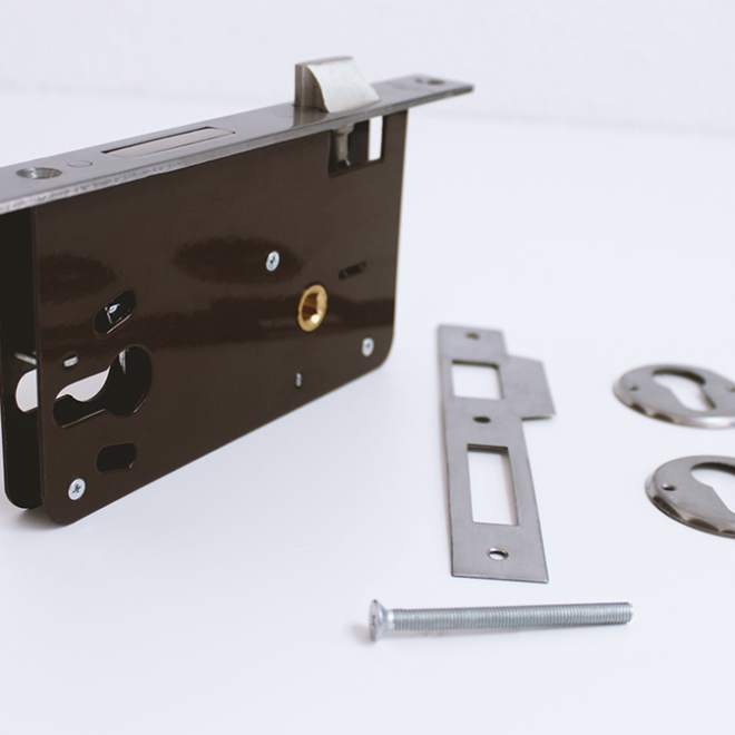 Fechadura de embutir para cilindro AGC; ref.790