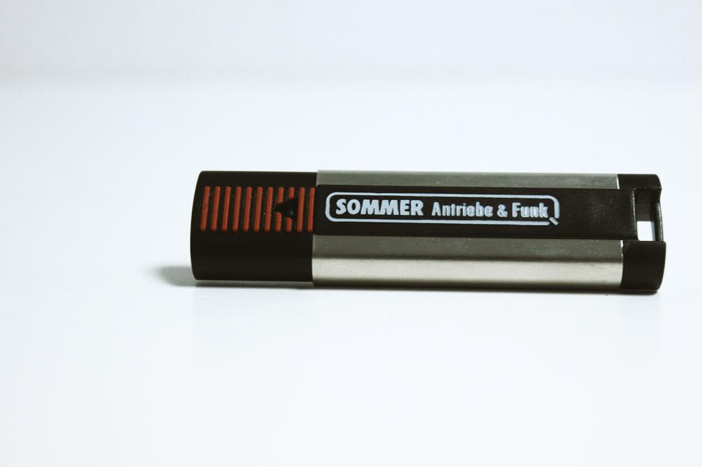 Comando Sommer para automatismos e placas receptoras